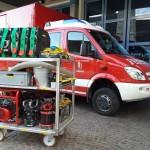 Beladung: Chiemsee, Tauchpumpe, Stromerzeuger, Licht, uvm...  Bedarfsbeladung im Feuerwehrhaus